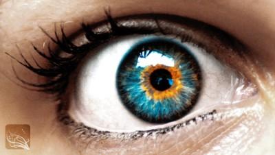 Barevné kontaktní čočky – buďte in